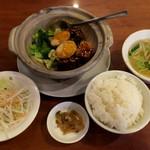 台南担仔麺 - 豚角煮と青菜飯セット850円