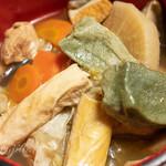 100858989 - 生麩、湯葉の鍋