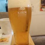 蕎麦と鶏 はんさむ - 生ビールは一番搾り580円