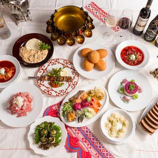ロシアはもとより、コーカサス地方や中央アジア郷土料理をご用意