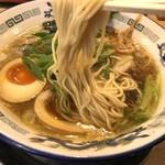 もんど - 麺は中太ストレート麺(2019.1.28)