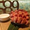 1枚からでも焼肉 589  - 料理写真:名物厚切りマンゴー上タン