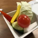 サクサク亭 - 付き出しのサラダ