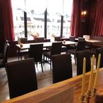 洋食 ジャンボ - テーブル席