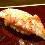 100889616 - 高知産金目鯛の炙り