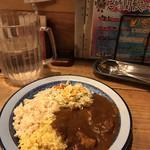 100894185 - ランチビュッフェ  1,080円  好きな物GET                       ライスはスパイスライスと五分づき黒千石米                       カレーはポークバラ肉カレー キャベツと豆と                       サルサ野菜とゴボウサラダ!
