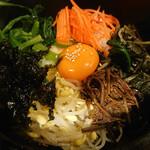 韓国家庭料理・焼肉 おしお - 石焼ビビンバ