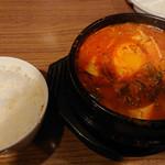 韓国家庭料理・焼肉 おしお - 純豆腐チゲ(ご飯付)