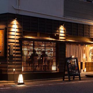 日本旅館をイメージした落ち着きのある空間
