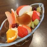 100903796 - プリン・ア・ラ・モード(750円 +税)
