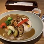 カフェ グローブ - GROVEカレー ピクルス付き 1,200円
