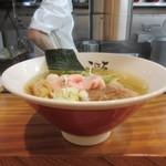 日本橋麺処こはる - 丼の形状