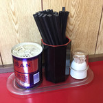 江戸金 - 卓上のお箸と胡椒類