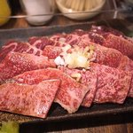 ホルモン焼肉 肉の大山 - 三種盛り、抜群にコストパフォーマンス良し!!