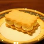 バー エルラギート - エシレ シャレットの濃厚フレッシュバターのサブレサンド