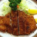 10093467 - ロースかつ(セットメニュー1500円・ご飯味、噌汁、小鉢、新香付き)