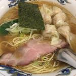 松波ラーメン店 - ワンタン麵