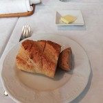レストラン三星 - ③手作りパンとバター