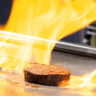 美味しいお肉を鉄板焼きで!