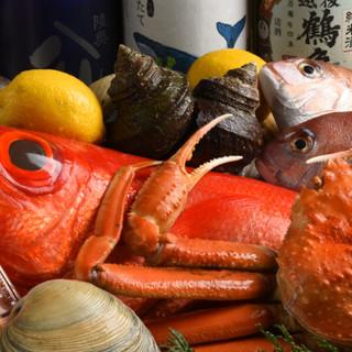 全国各地から集められた旬魚のお造りを、お楽しみください♪