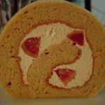 ローカル - いちじく&キャラメルのロールケーキ