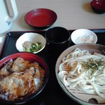 10094642 - ランチの豚丼(並)うどんセット