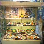いわき七浜料理 まるかつ - メニューを見て、2Fへ(震災数日前)