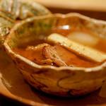 虎白 - 猪鍋
