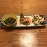 梅心 - 料理写真:つきだし! 海鼠、小海老、ポテサラ!