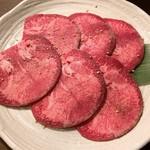 しちりんやき三叉路 - 料理写真:上タン塩