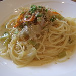 モヨリノ - たっぷり野菜のオイルベースのスパゲティ