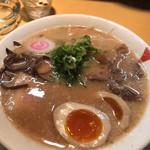 100952857 - 豚骨醤油ラーメン