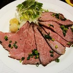 肉の万世 - 和牛ローストビーフ  1,000円