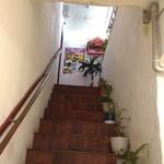 100957394 - 入口は2階