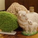 ティスカリ - 羊のオブジェ