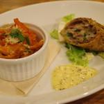 ティスカリ - トリッパのトマト煮、ラムカツ