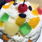 100962409 - フルーツは結構、たくさんのっています(*^◯^*)パインにミカンに、バナナに豆。これぞ、白熊だね!