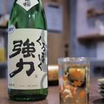 """大衆 酒場 けいじ - """"日置桜 くろぼく強力"""""""