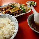 三久飯店 - 豚肉うま煮定食