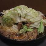 花千鳥 - ホルモン定食(ホルモン焼き+キャベツ(加熱後))