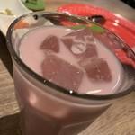 しゃぶしゃぶ 焼肉食べ放題 めり乃 - ドリンク写真:カシスミルク。