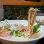 ダイナsoul - 中太縮れ麺!
