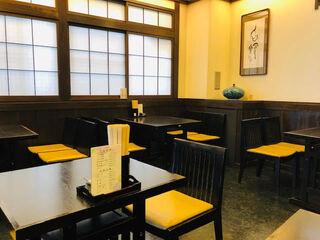 八百徳 本店 - ゆっくりと食事ができる!