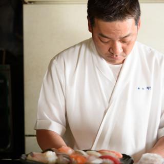 「本日のオススメはこちらですよ」◆寿司一筋の気さくな大将