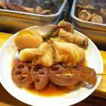 100976178 - 白菜、蓮根、アスパラ豚、玉子