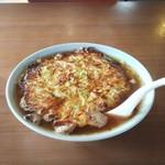 珍華 - 料理写真:肉玉そば(750円)