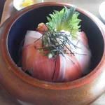 100993473 - 漁師丼