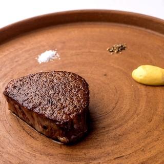 スペシャルな職人達に作って頂いた世界に1つしかない食器たち。