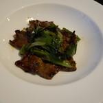 101001603 - 牛肉と九条葱の豆鼓炒め