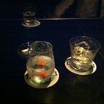 バー トライベッカ - 飲んでます。
